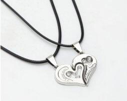 collar-pareja-estilo-corazon-modelo-2