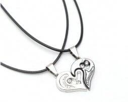 collar-pareja-estilo-corazon-modelo-3