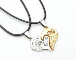 collar-pareja-estilo-corazon-modelo-4
