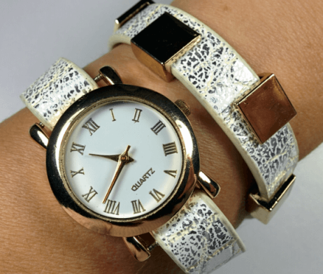 reloj-blanco-accesoio-dorado