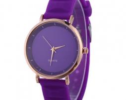 reloj-morado-simple-design
